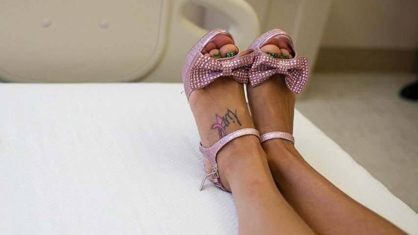stilettos-breast-cancer