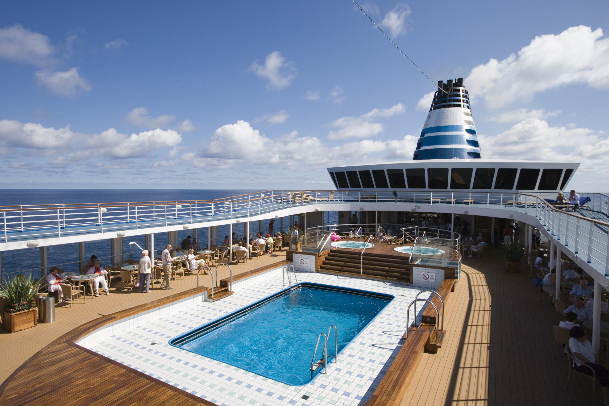 9 Things You Should Never Do on a Cruise