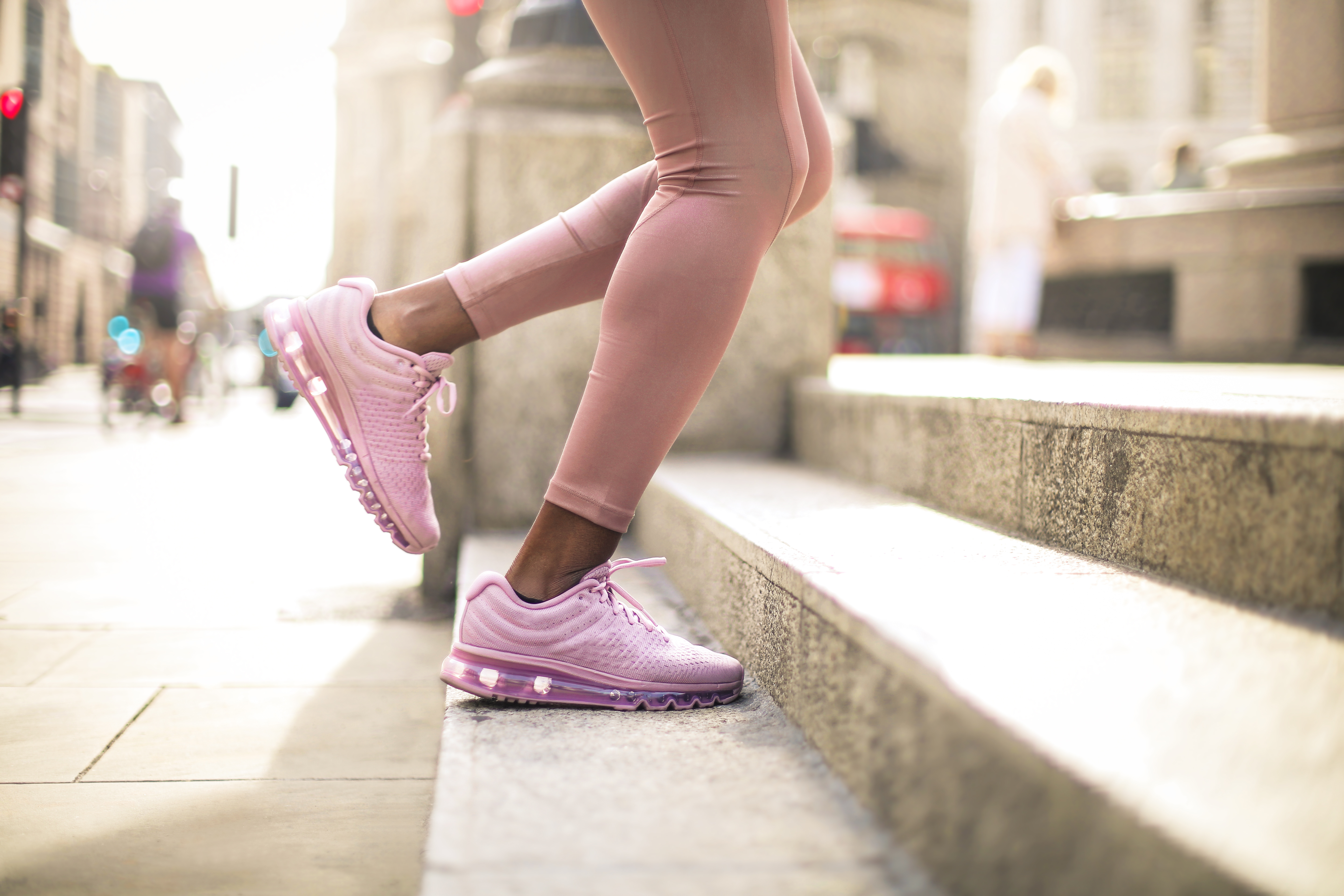 running-shoes-arch-support