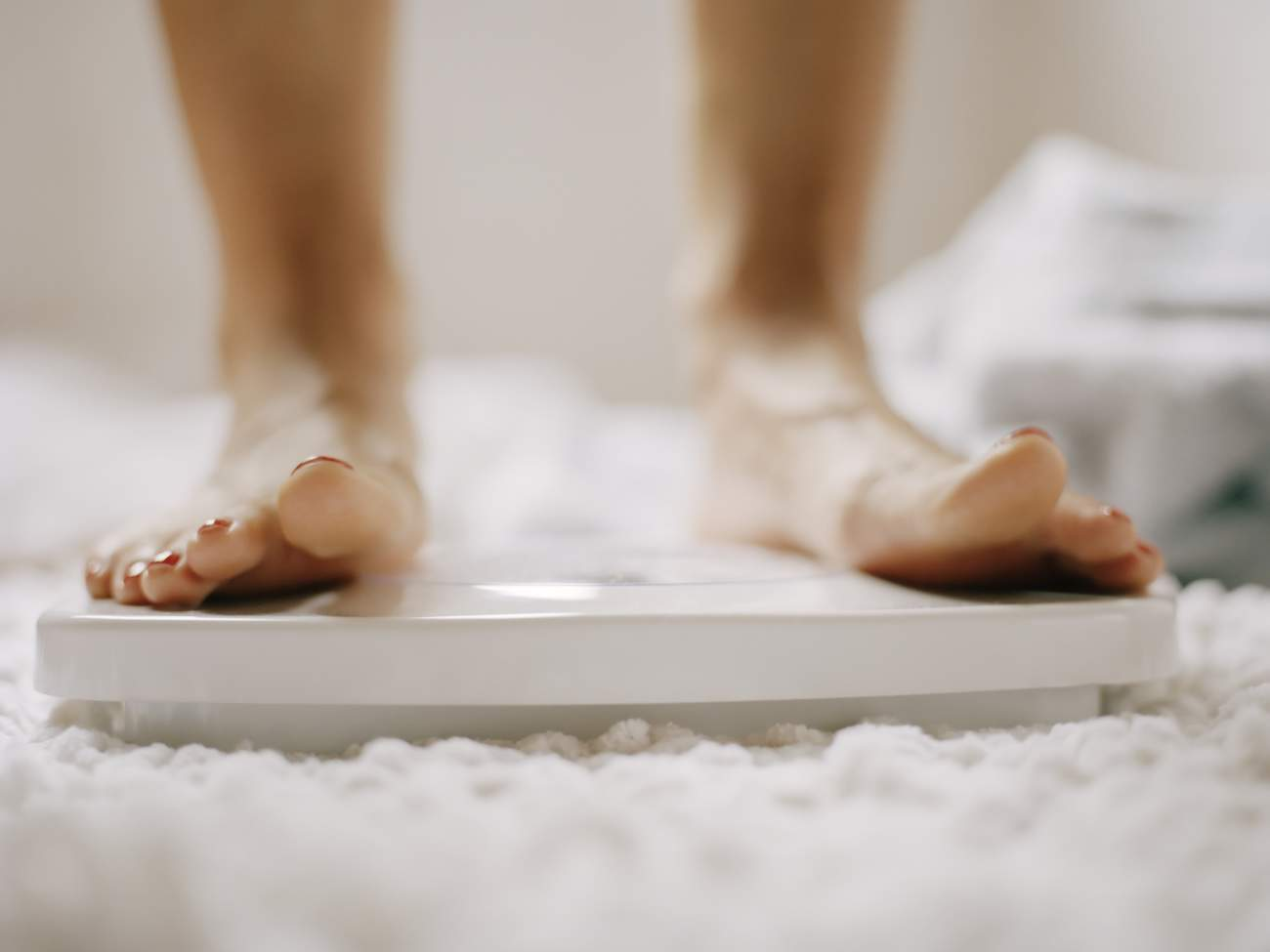 scale weight loss resolution goals