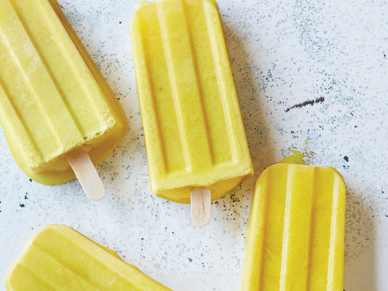 turmeric-golden-milk-popsicle-glow-pop