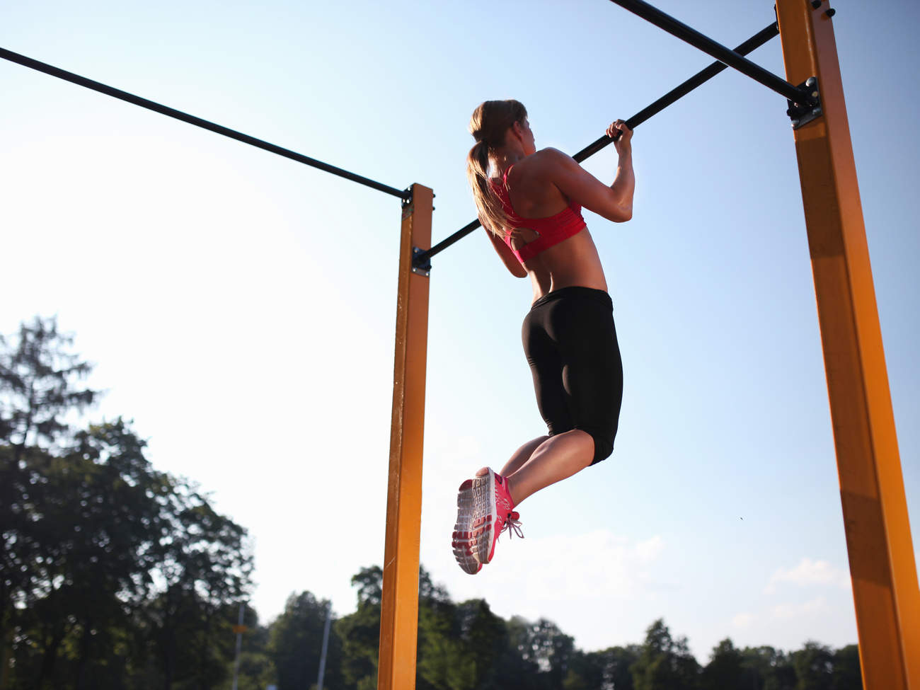muscles-defly-age-pull-up-workout