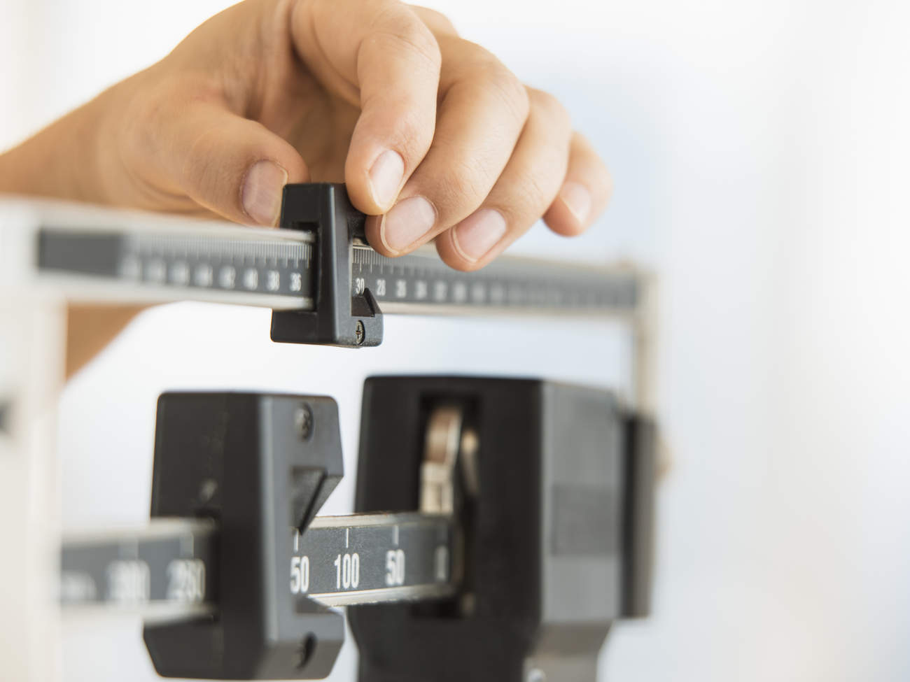type-2-diabetes-condition-center-weight-scale