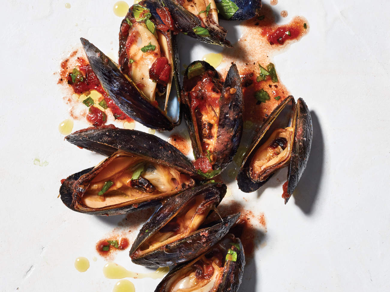 recipes for detoxing deliciously mussels with spicy tomatos