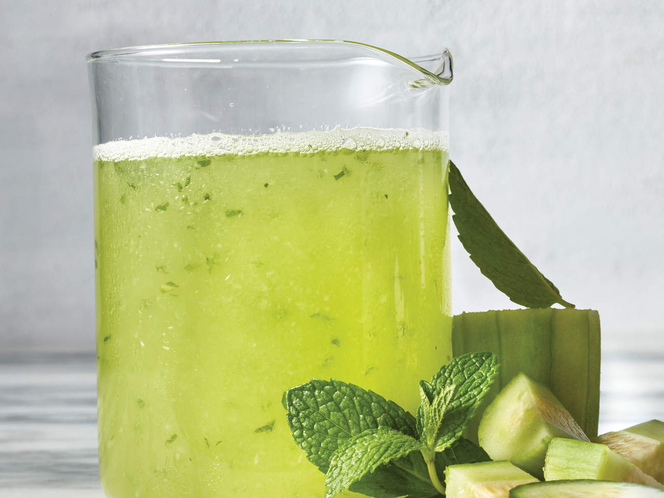 cucumber mint tonic blast bloat recipe drinks