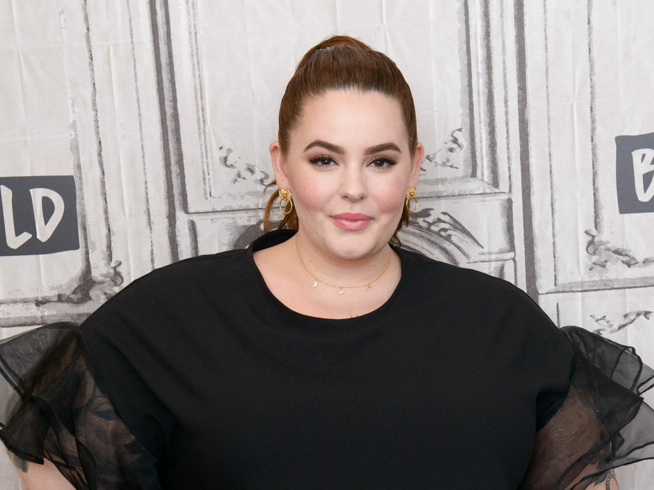 tess-holliday-poses-nude