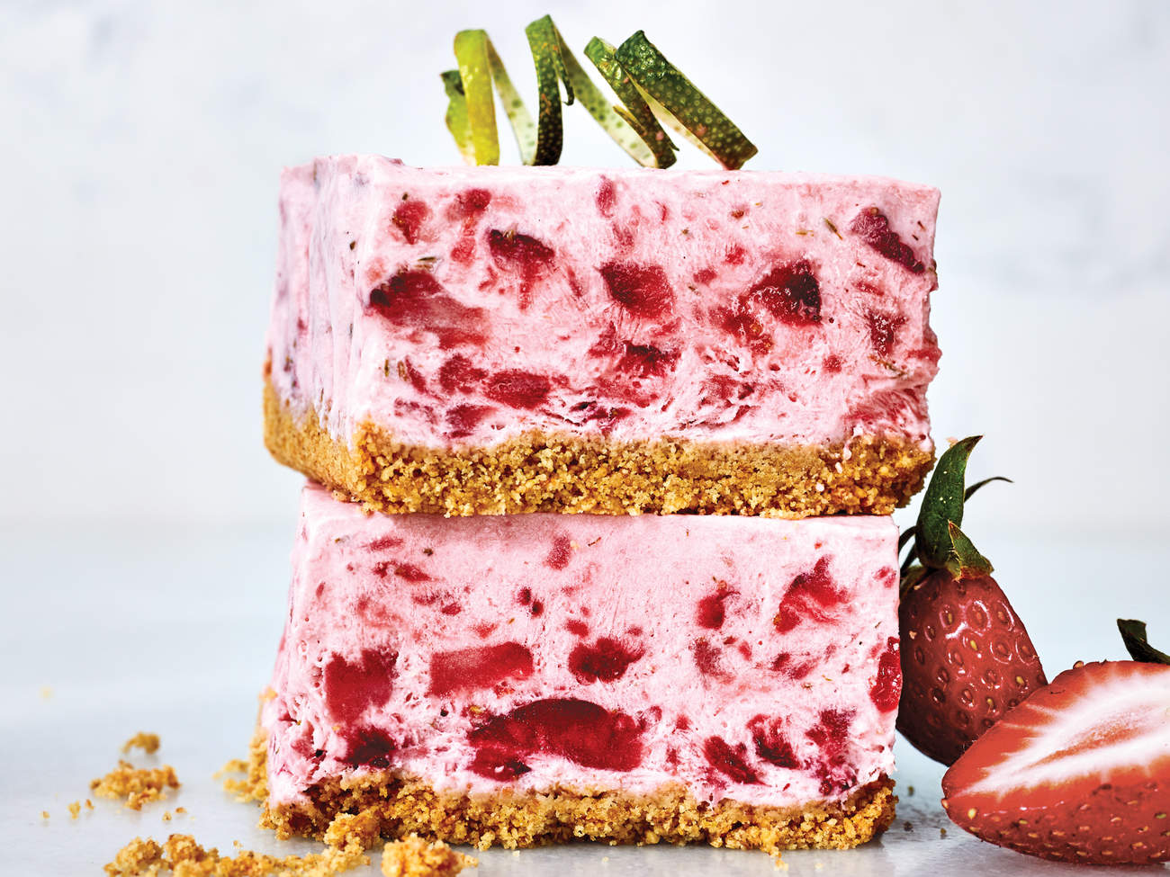strawberry-lime-squares-just-chill