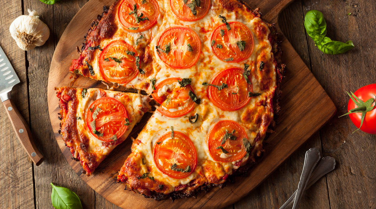cauliflower-pizza-crust