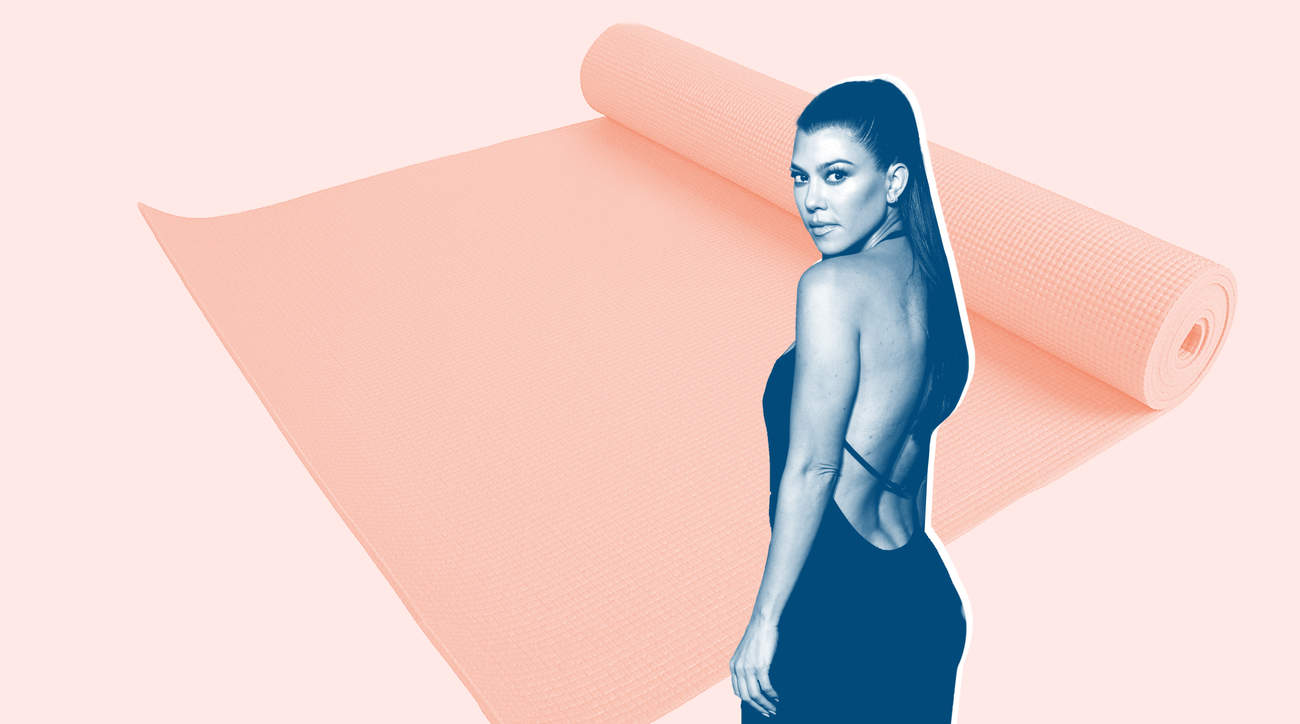 kourtney-kardashian-hiit-yoga-mat