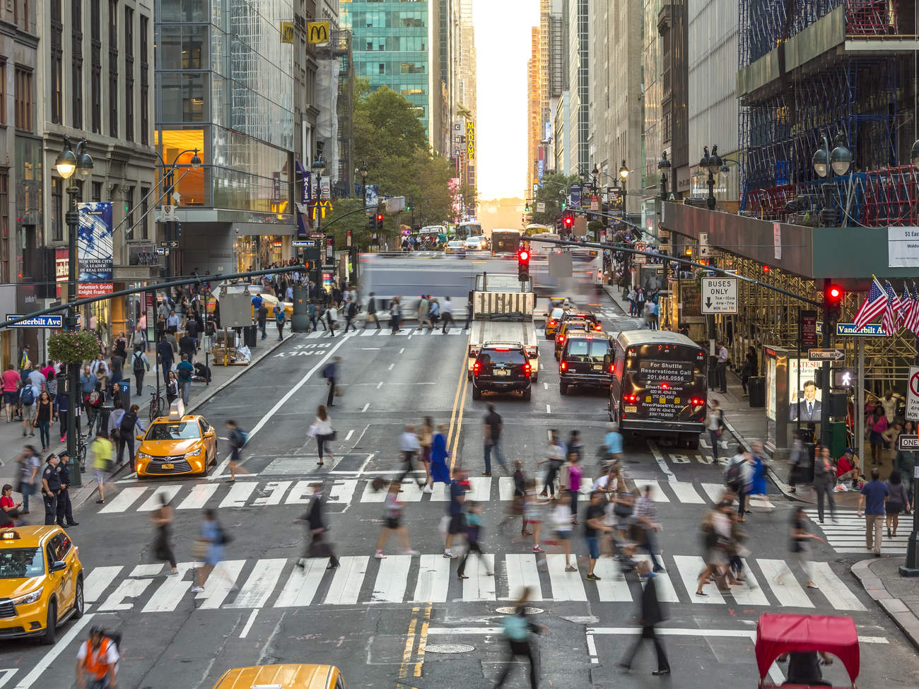 Busy avenue, Central Manhattan, New York City