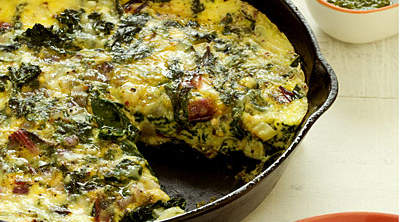frittata-ricotta-mixed-greens
