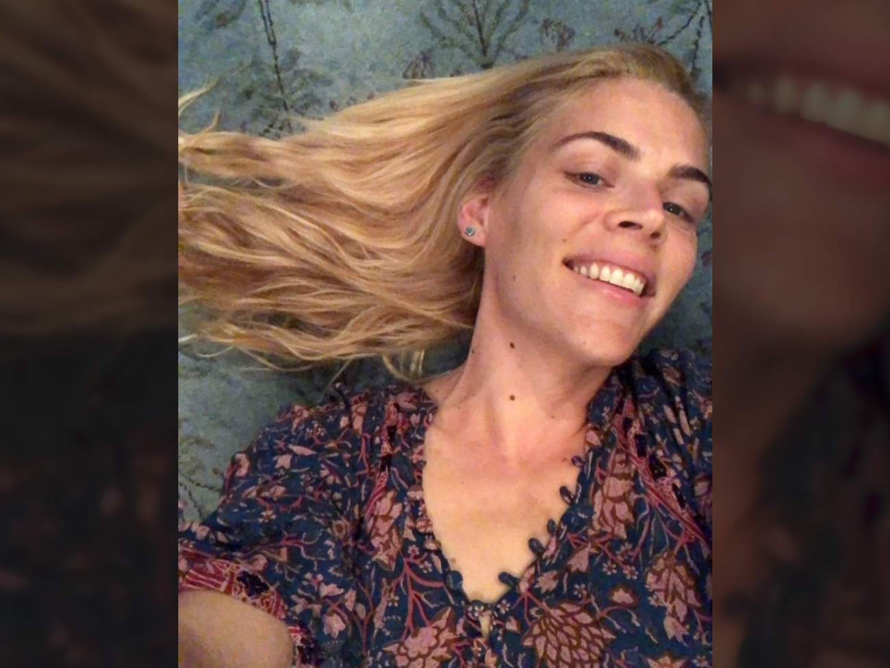 busy philipps instragram selfie 30 day whole food cleanse