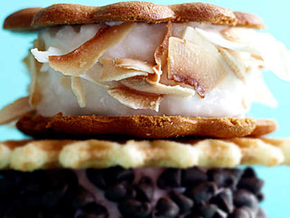coconut-ginger-sorbet-wiches