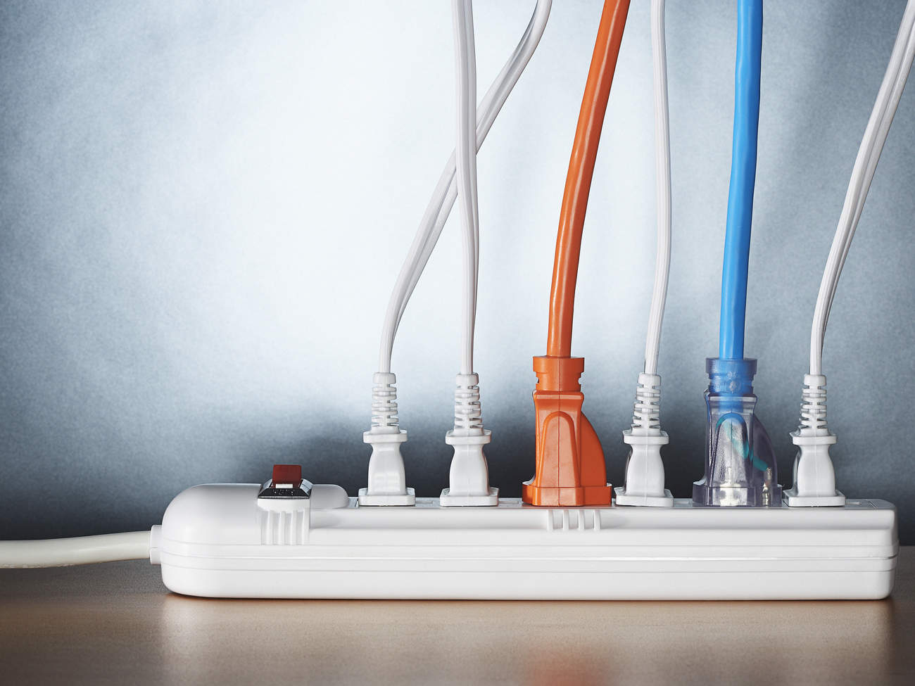 electricity-useage-power-strip