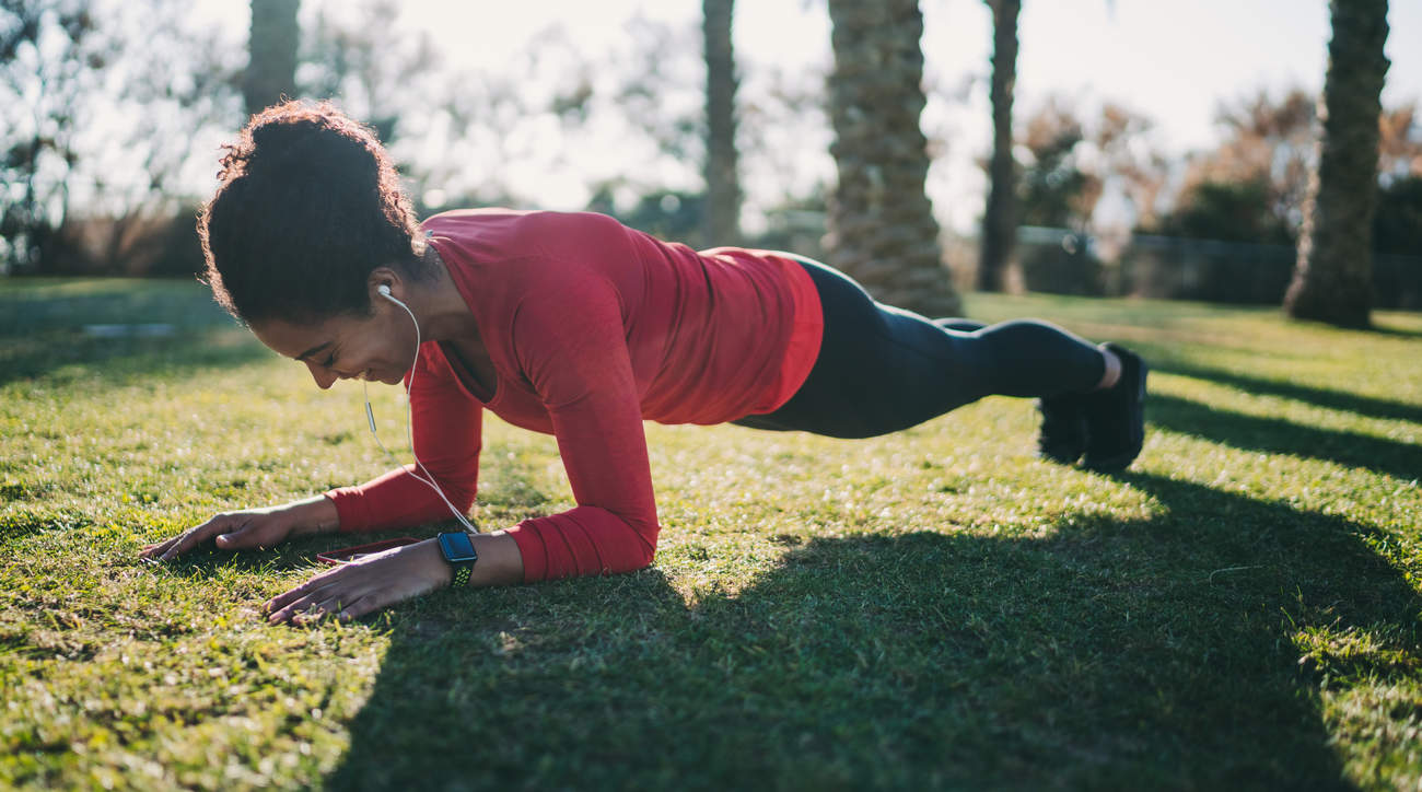 30-day plank challenge transform your core