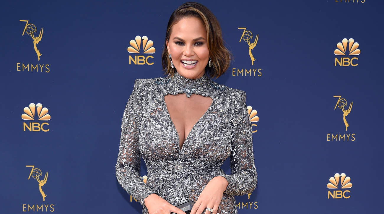 chrissy-teigen-emmy-awards