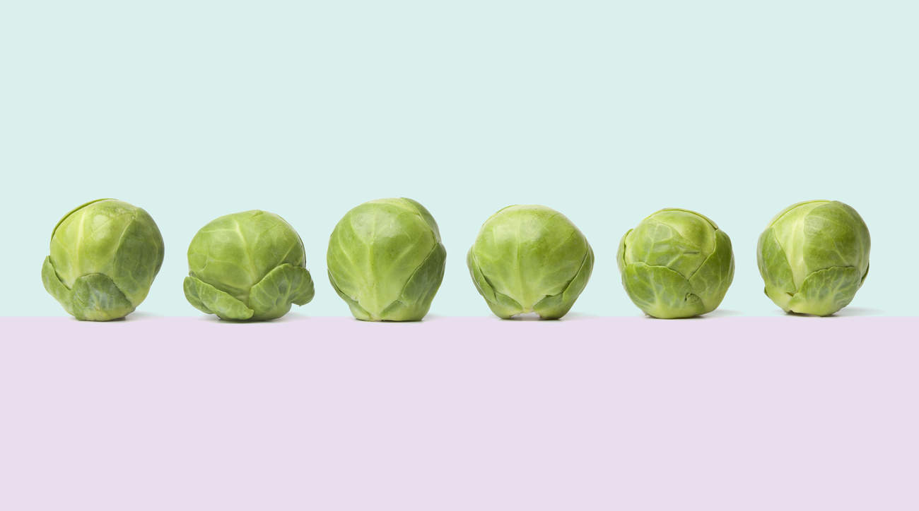 brussel-sprouts-benefits brussel-sprout food diet woman health veggie vegetable cruciferous fiber nutrition vitamins
