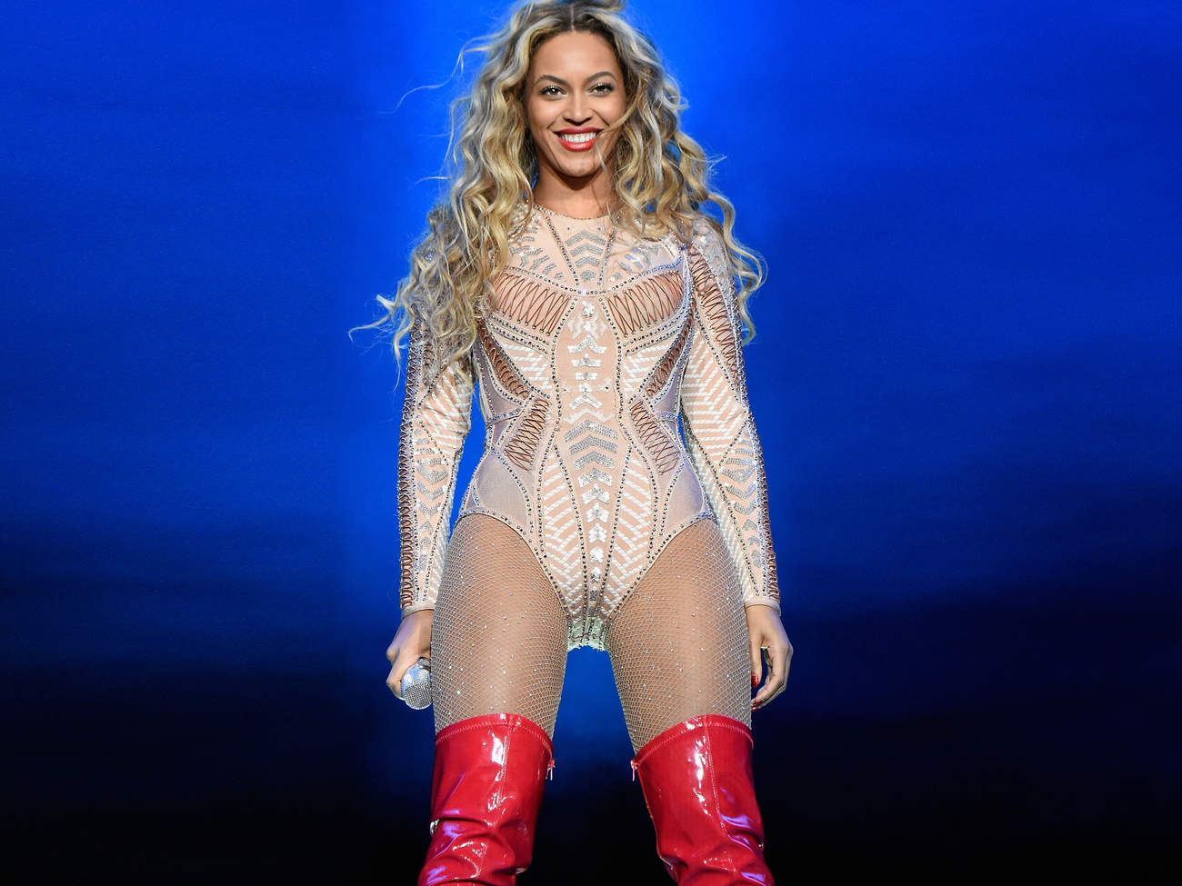 beyonce-on-stage