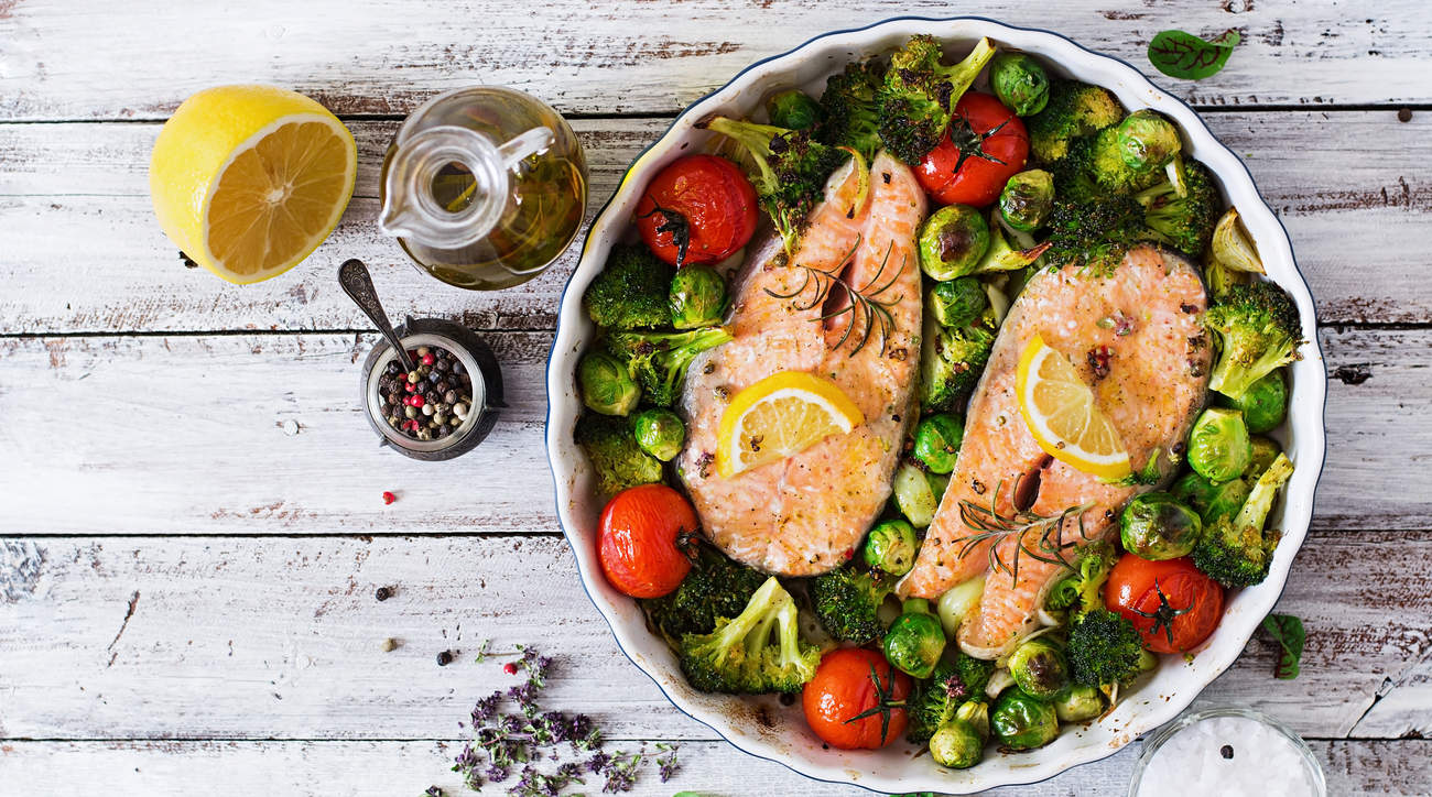 full protein salmon veggies weightloss weight health woman food whole30 diet food nutrition digestion