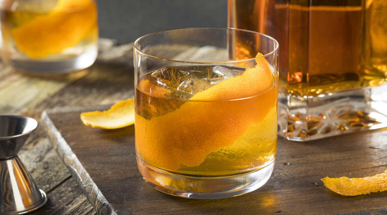 kombucha-old-fashioned-cocktail