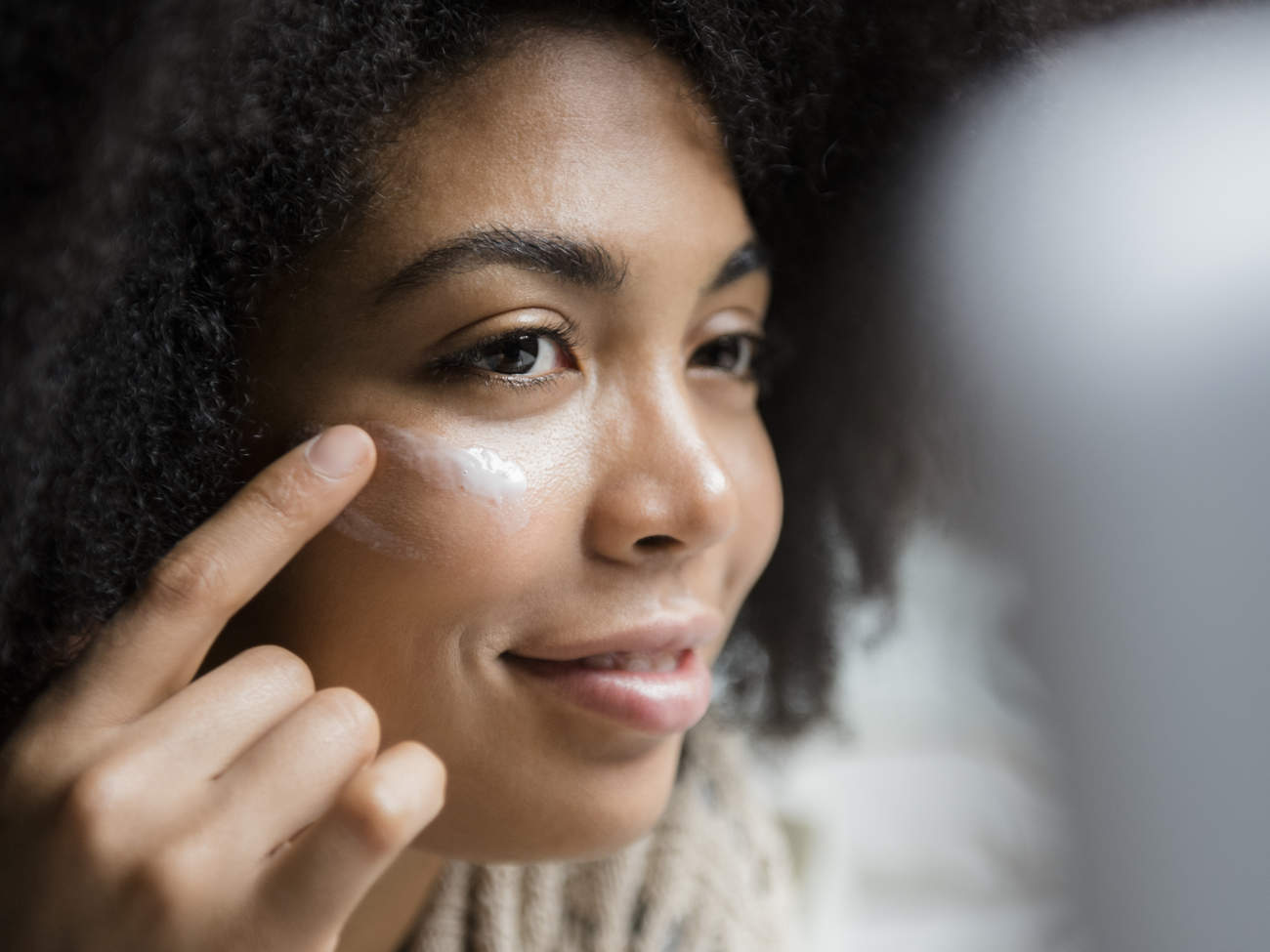 The 7 Best Sunscreens for Oily Skin, According to Dermatologists