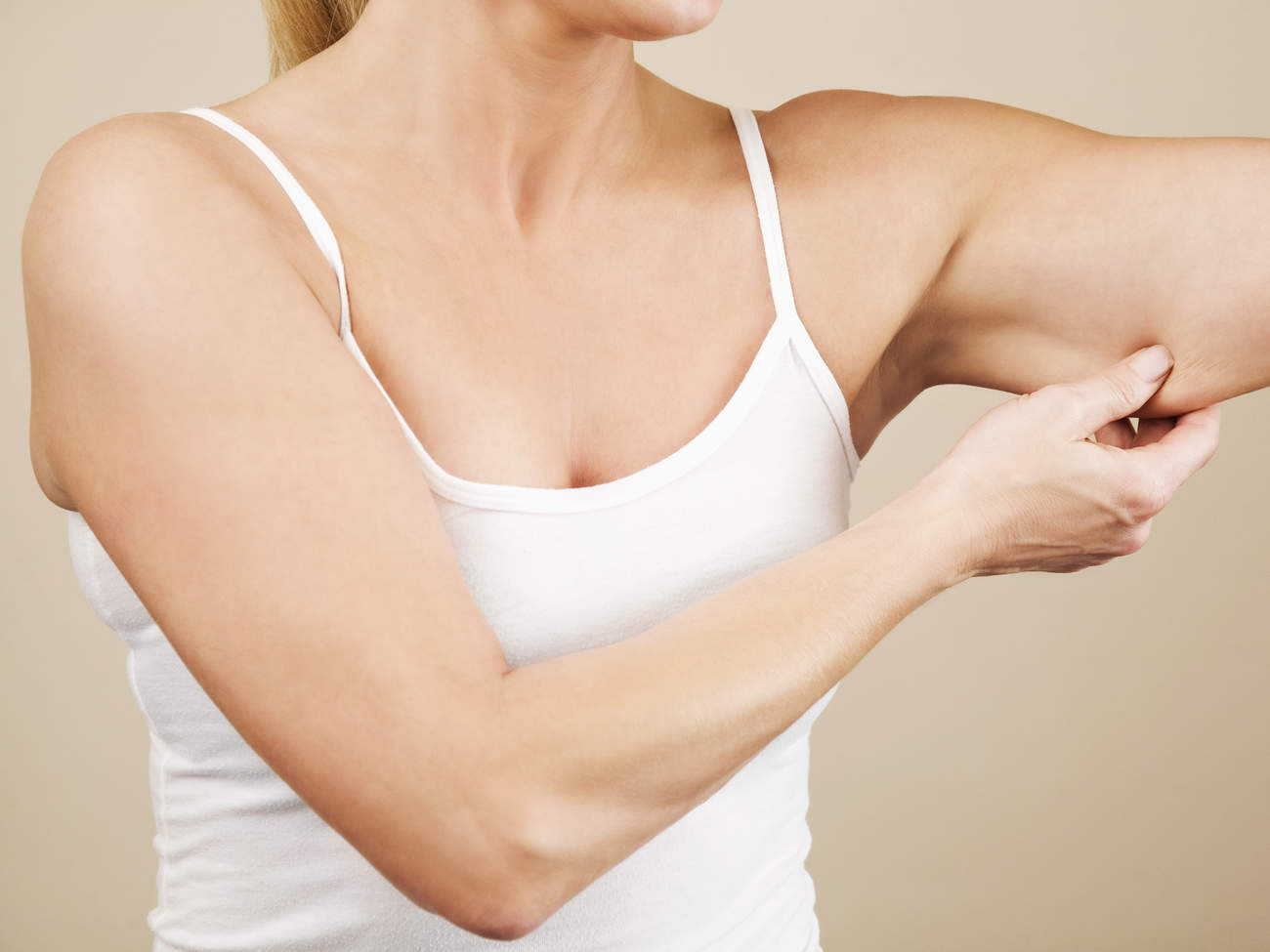 sagging-skin-arm-weight-loss-plastic-surgery