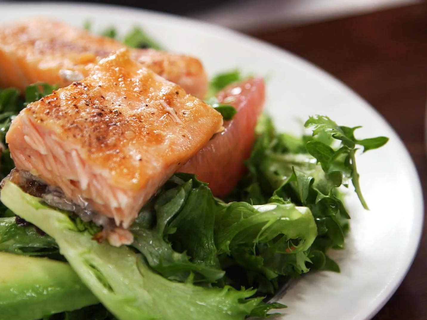 salmon-grapefruit-salad