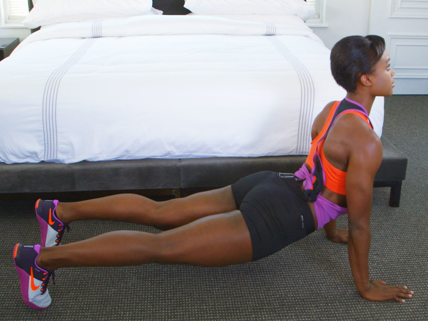 inchworm-stretch-travel-exercise-video