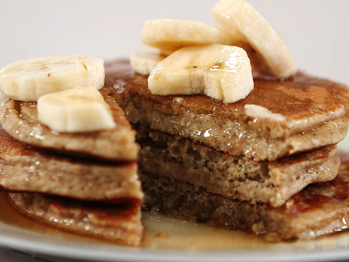 banana-hemp-pancakes-video