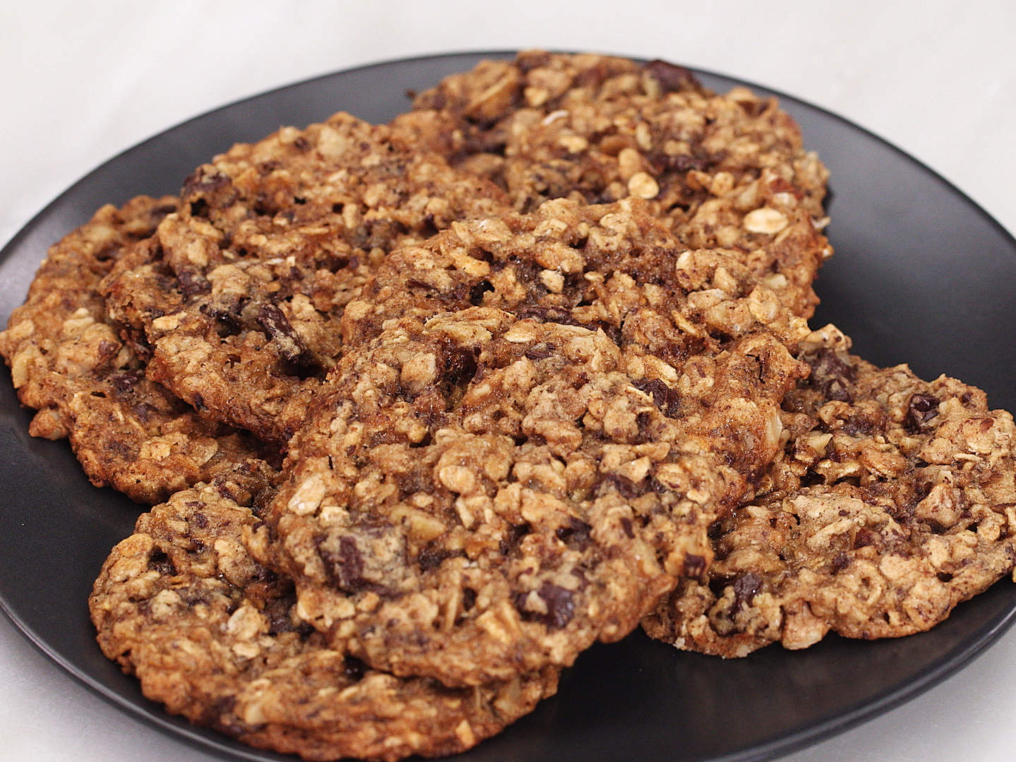 chocolate-chunk-and-walnut-oatmeal-cookies-brack-video