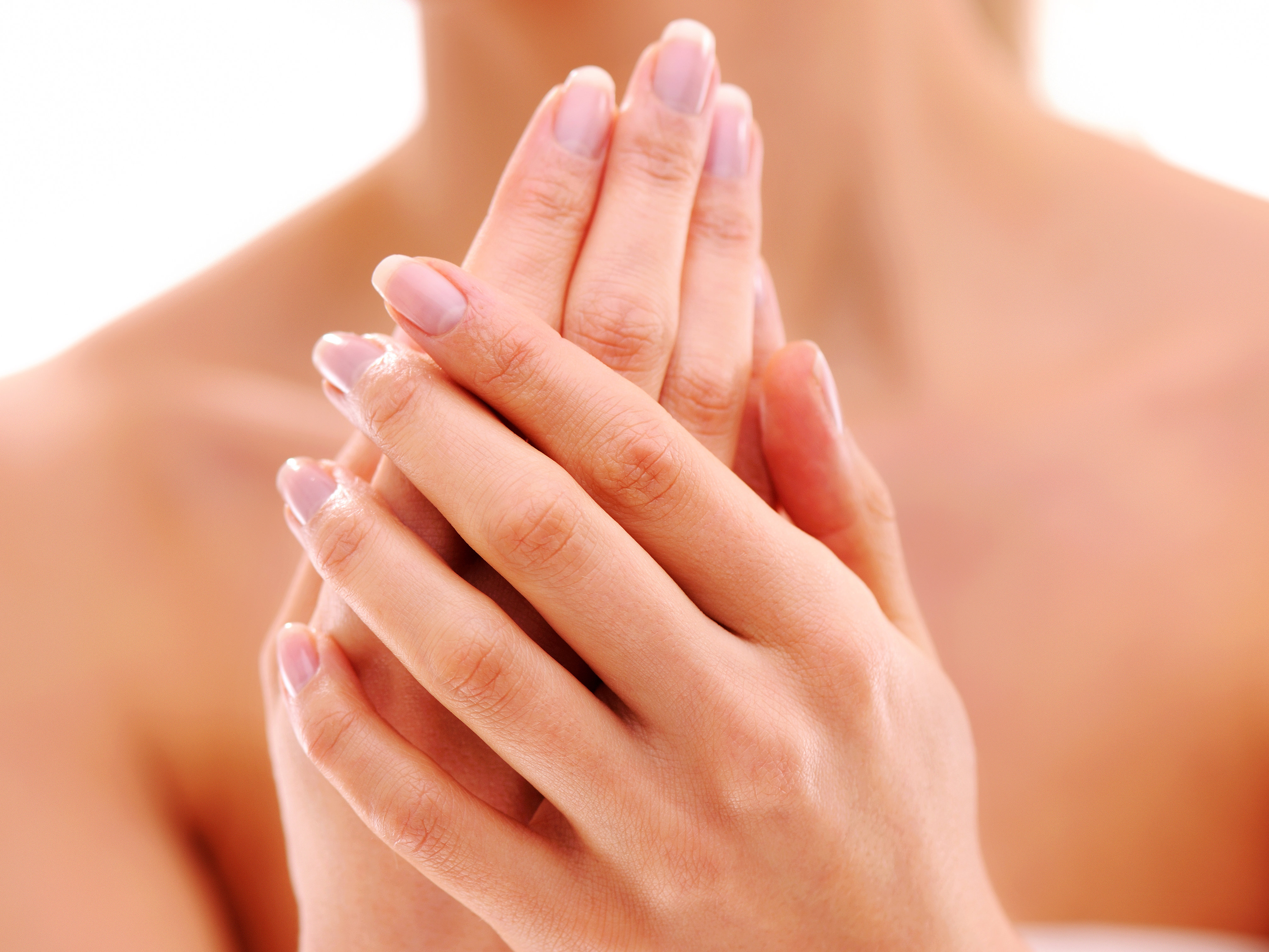 how-to-have-younger-looking-hands-video