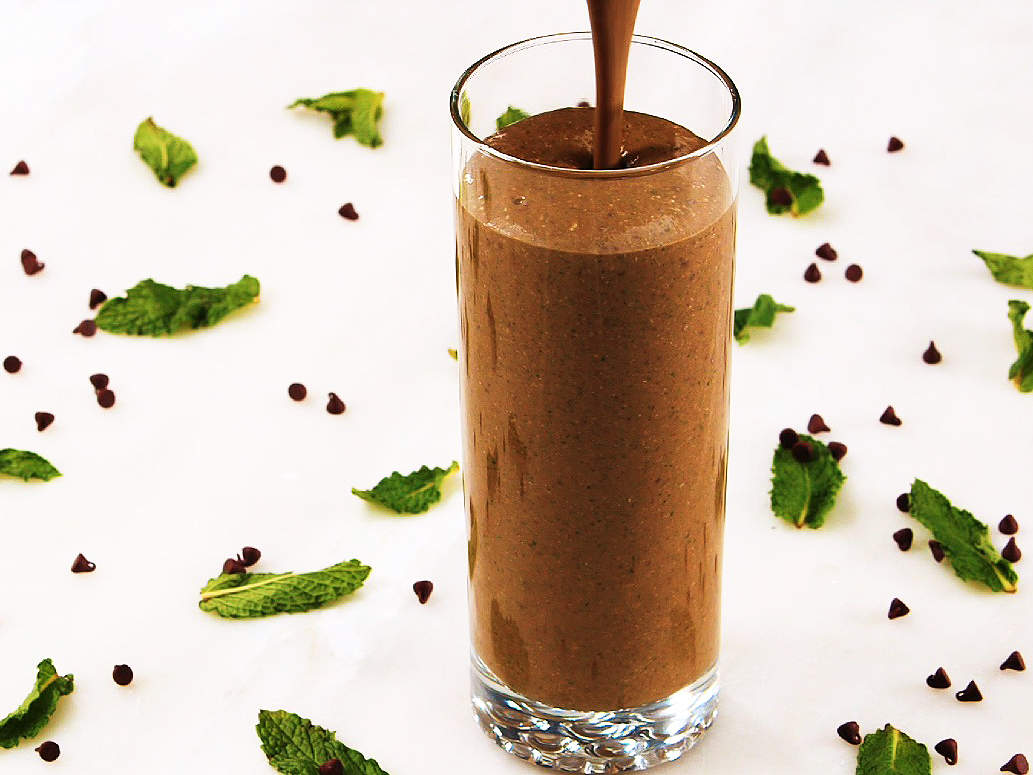 thin-mint-smoothies-video