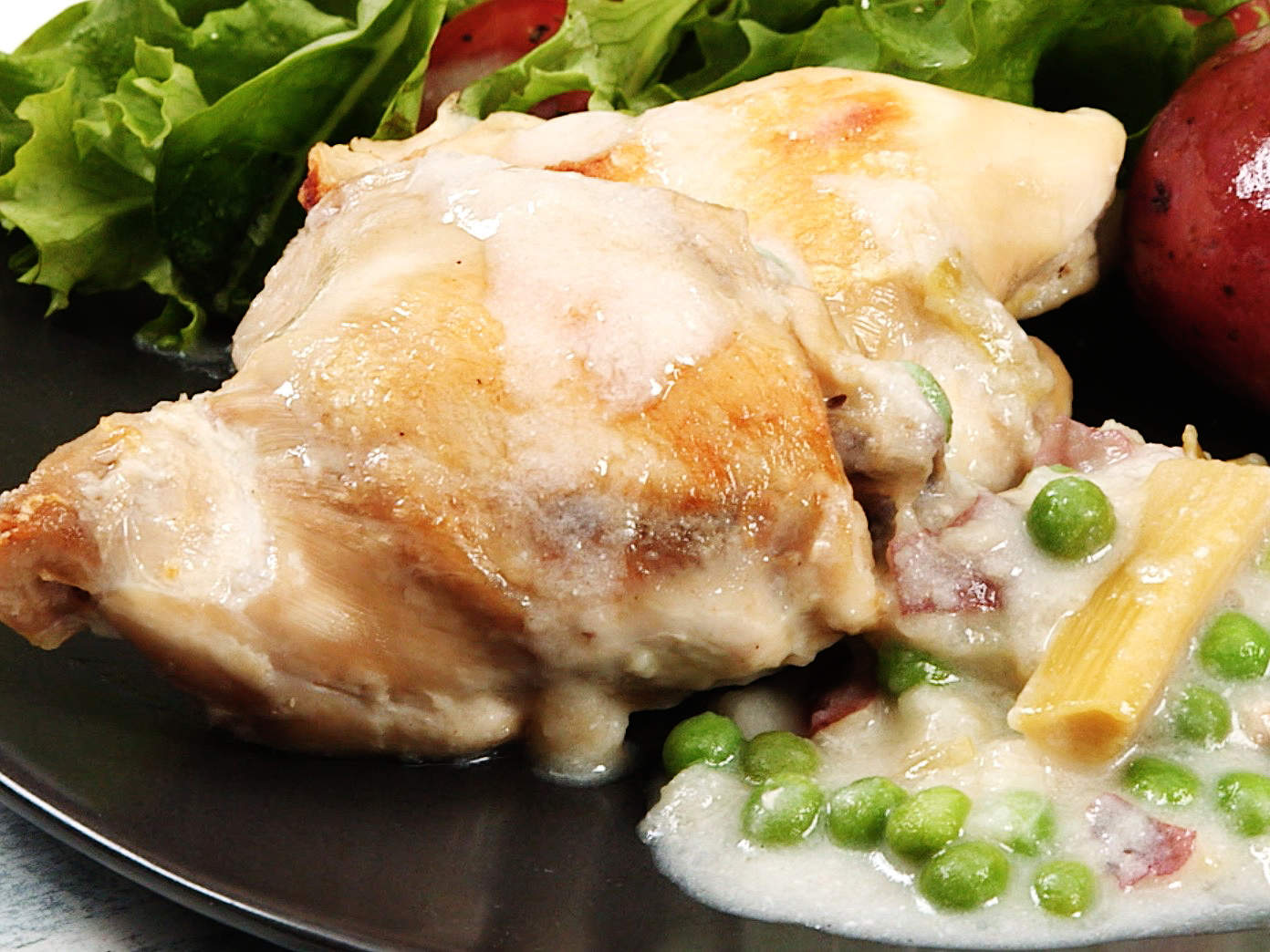 slow-cooker-chicken-with-tarragon-and-leeks-video