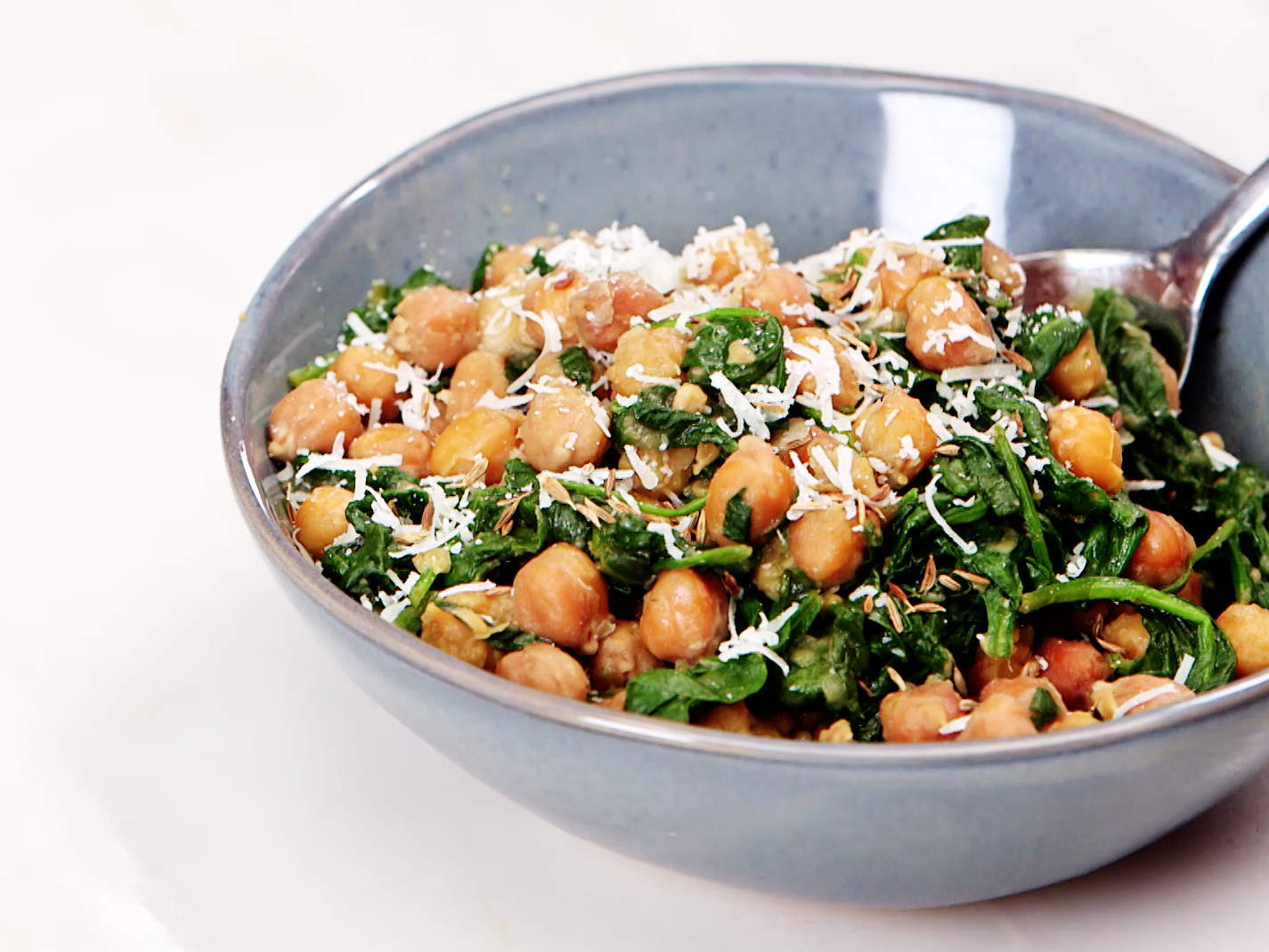 slow-cooker-chickpeas-with-cumin-and-spinach-video