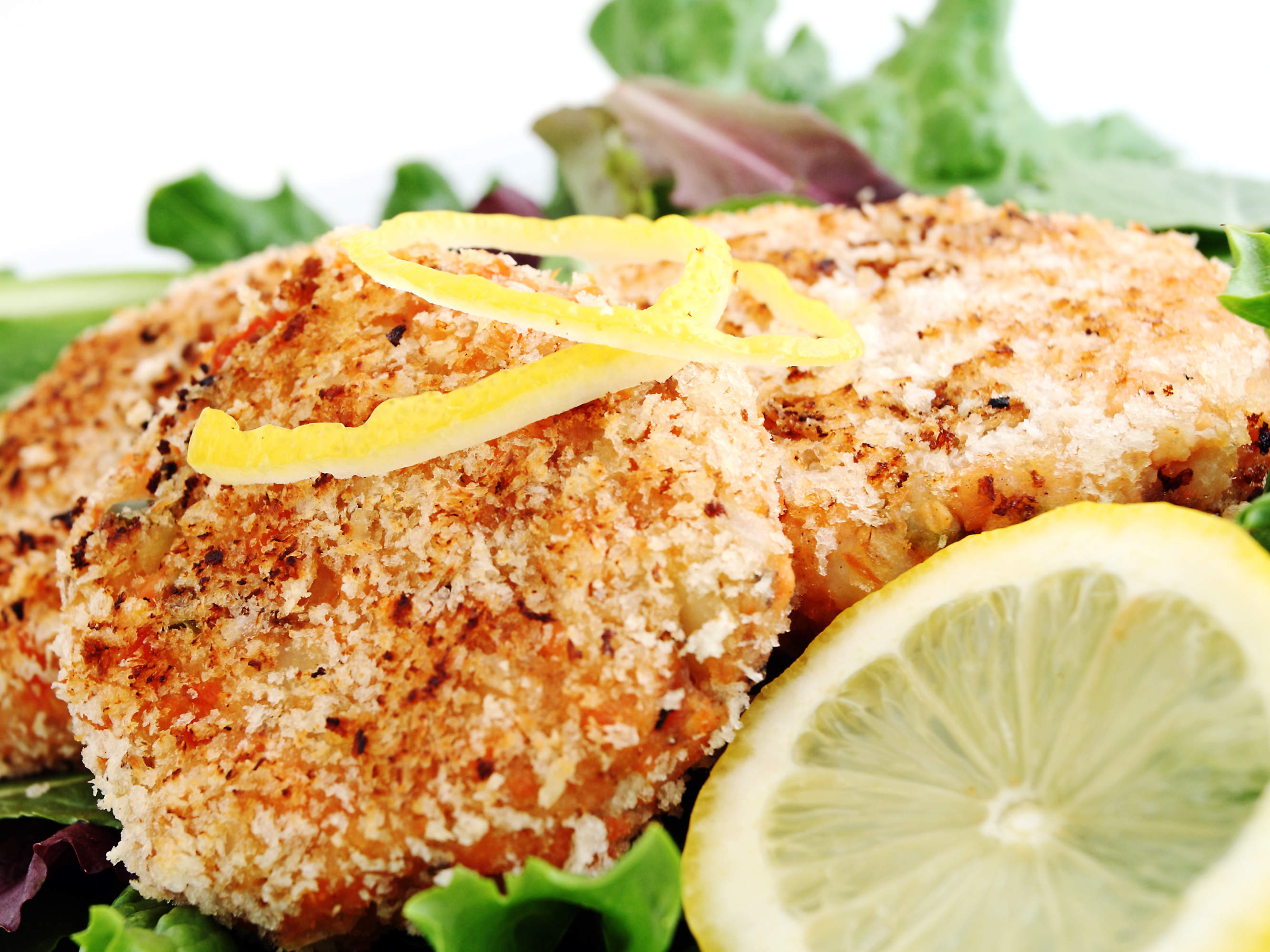salmon-cakes-with-dill-sauce-video