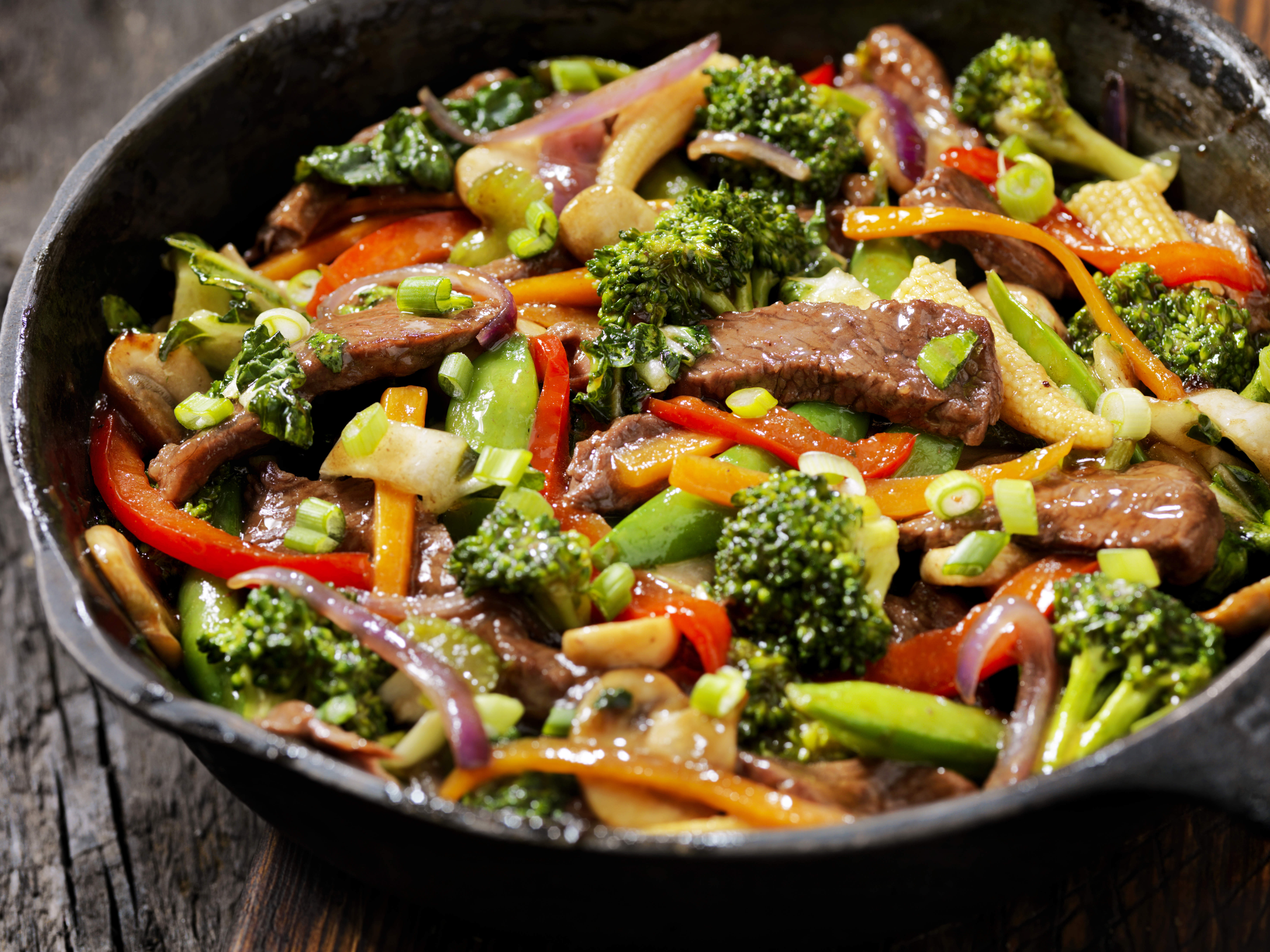 thai-spring-beef-stir-fry-video
