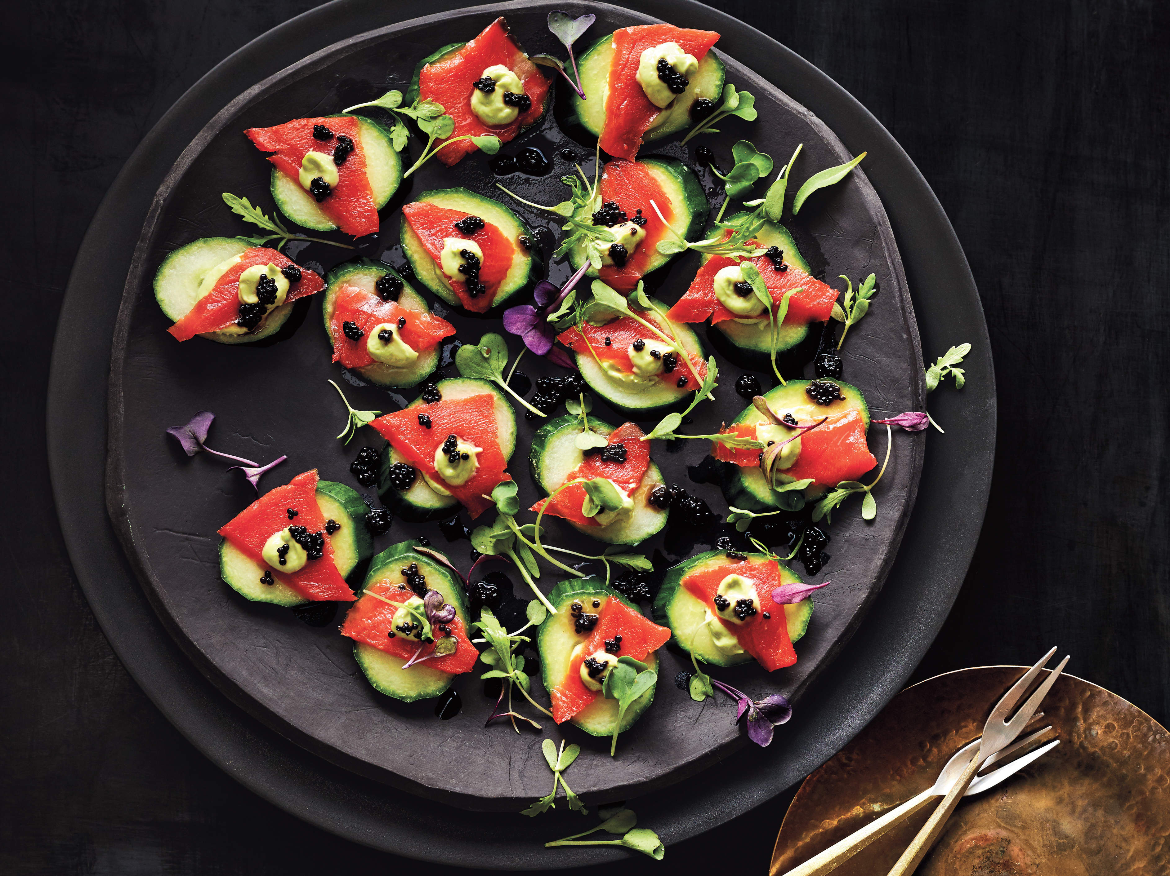smoked-salmon-canapes-champagne-recipes