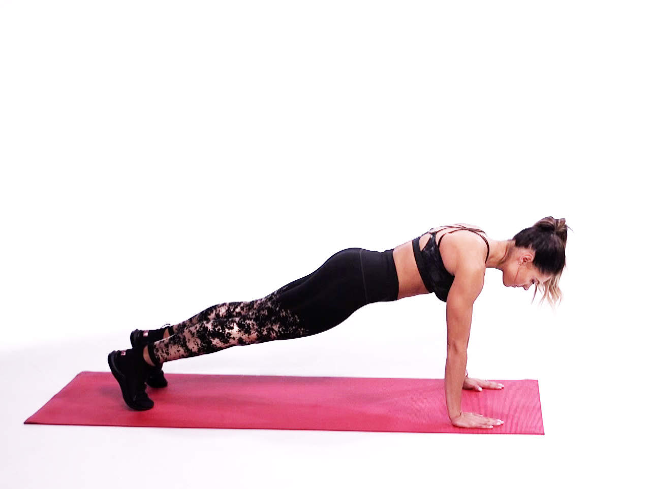 kelsey-wells-8-minute-hiit-tabata-workout-video