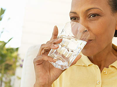 12 Natural Remedies for Incontinence - Health