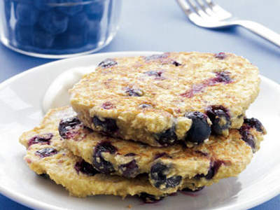 blueberry-oat-pancakes