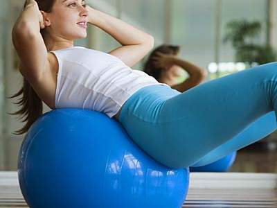 crunches-stability-ball