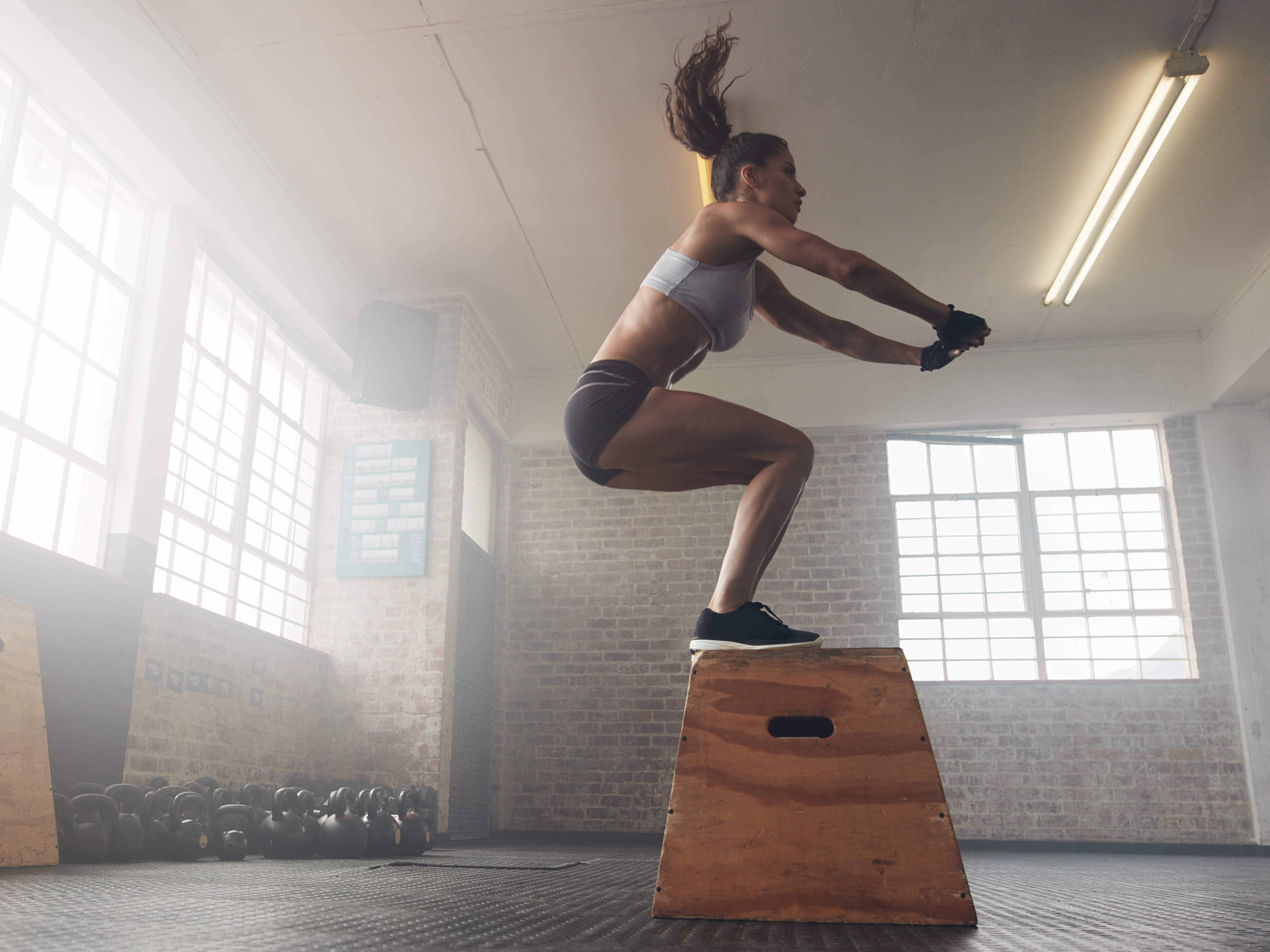 jump-box-crossfit-exercise-gym-workout-hiit