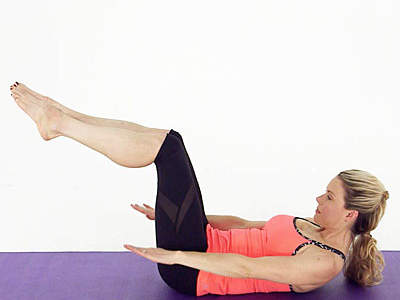 5 Easy Moves To Tone Your Legs Fast photo
