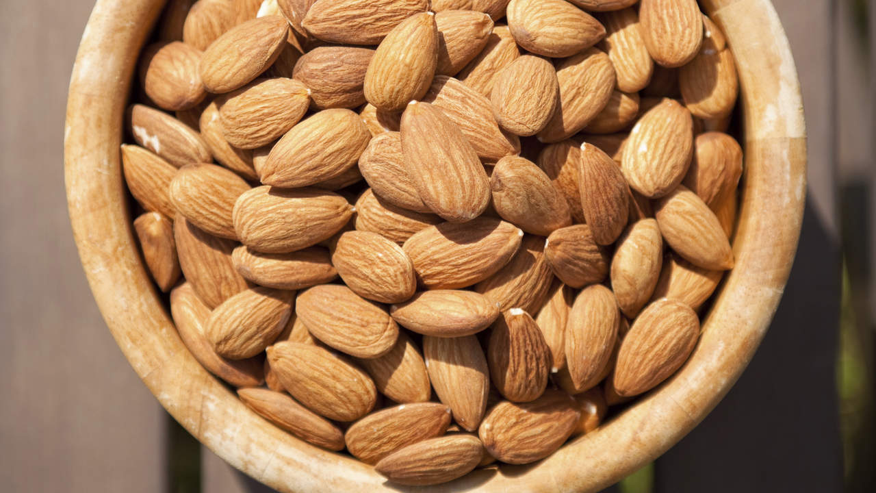 almond-summer-low-calories