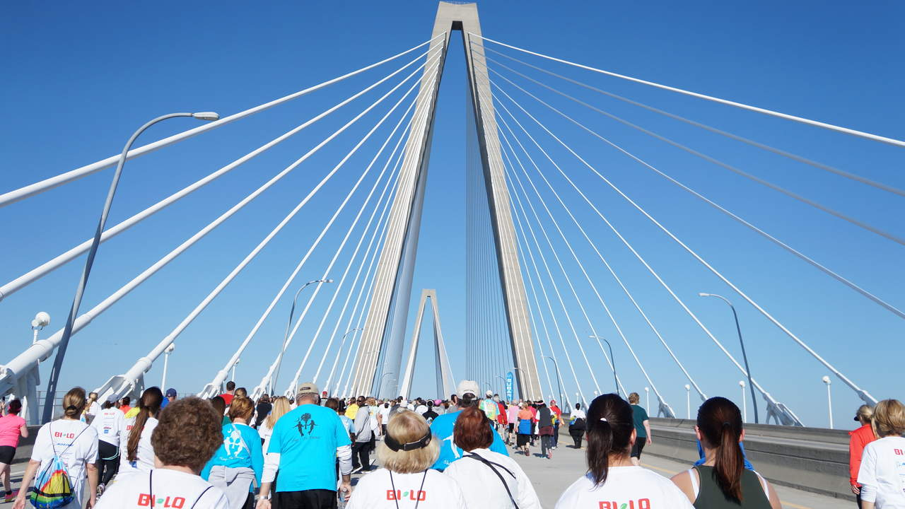 south-carolina-cooper-river-bridge-running-race