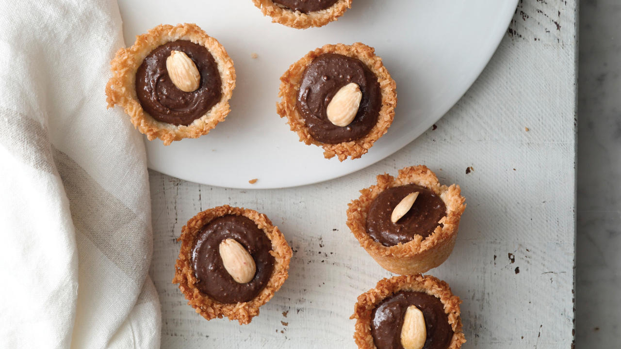 tarts-coconut-almond-candy-bar-tassies