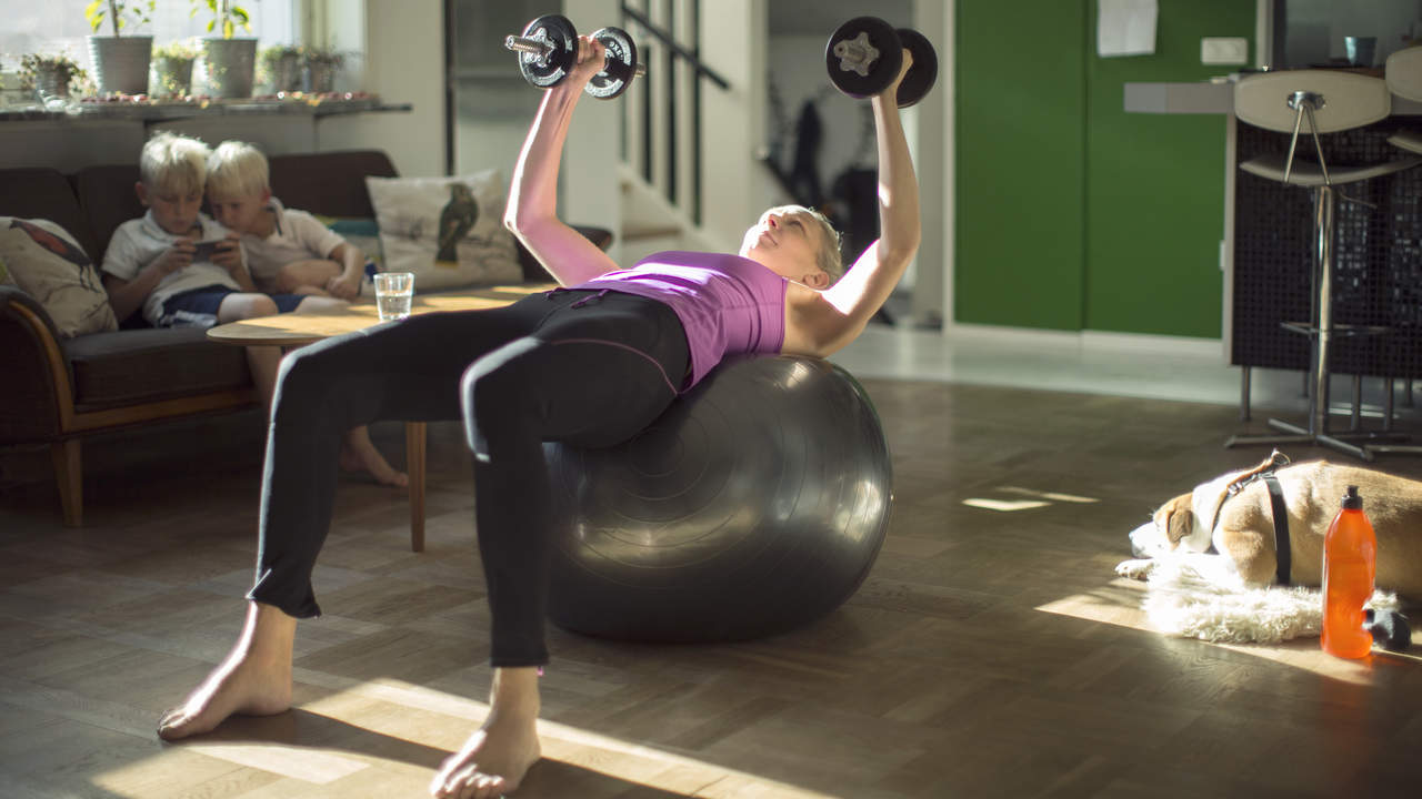 push-yourself-gym-living-room-weights-ball-exercise