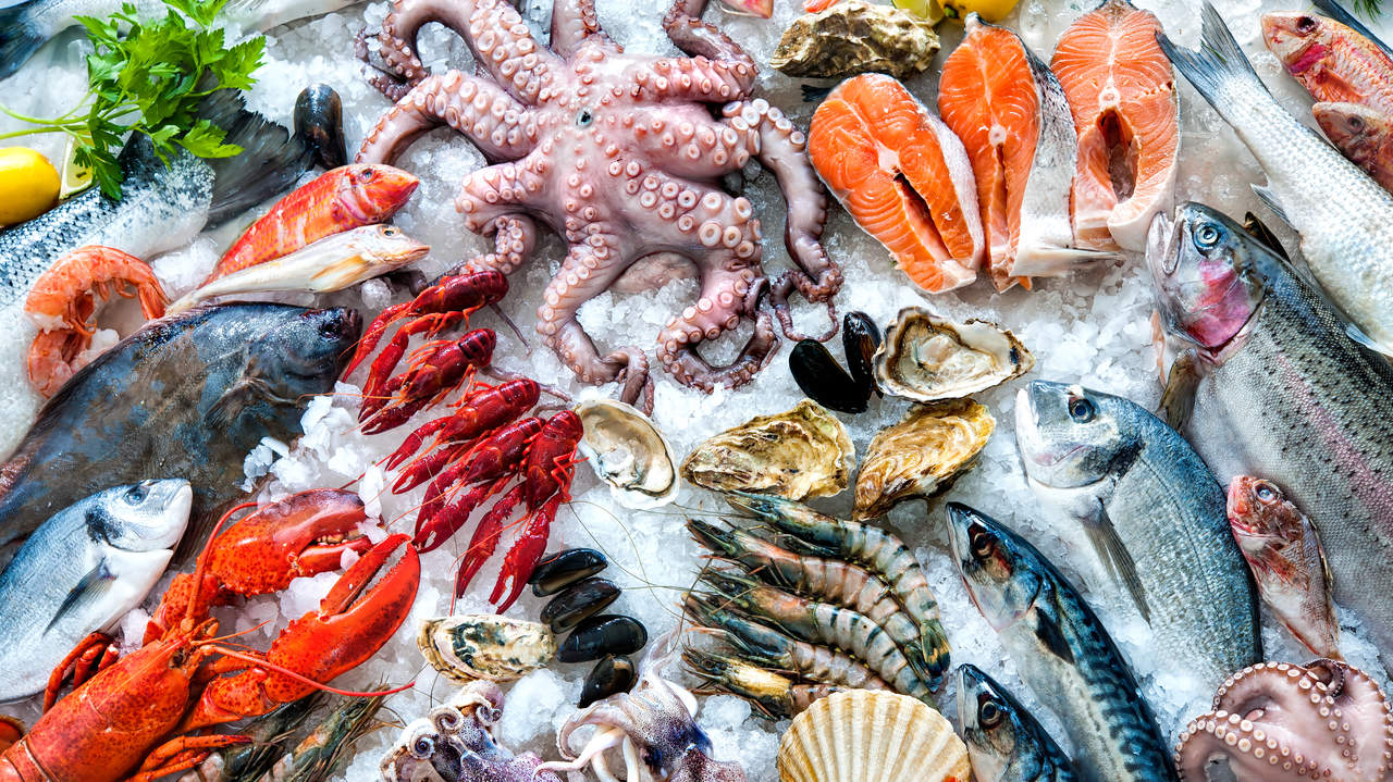 How to choose safe healthy and sustainable seafood health for Most sustainable fish