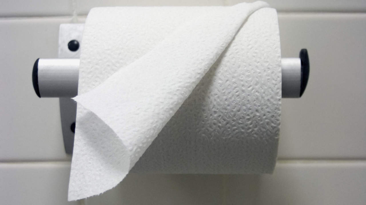 07-problem-peeing-cervical-cancer-toilet-paper