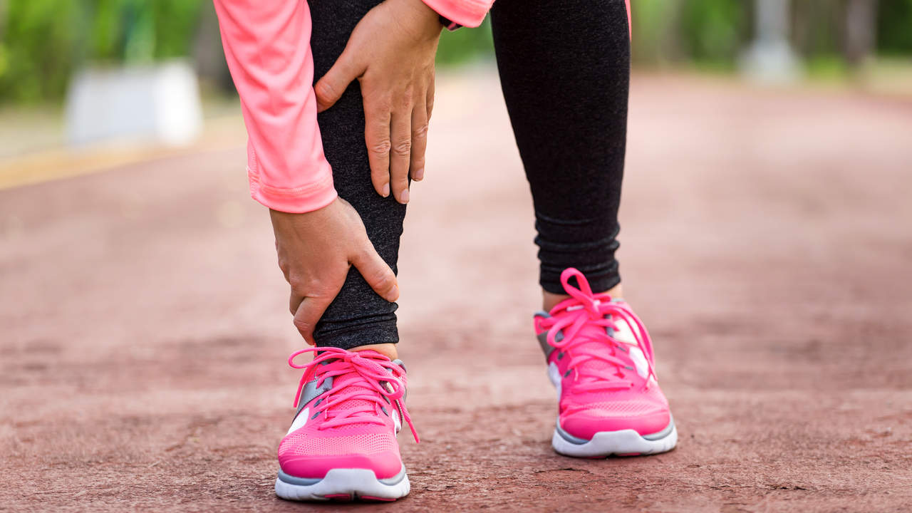 Pain on the top of the feet from tendonitis